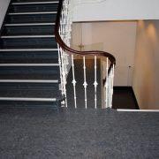 maler-wedel-hamburg-bodenbelaege-treppenhaus-absatz
